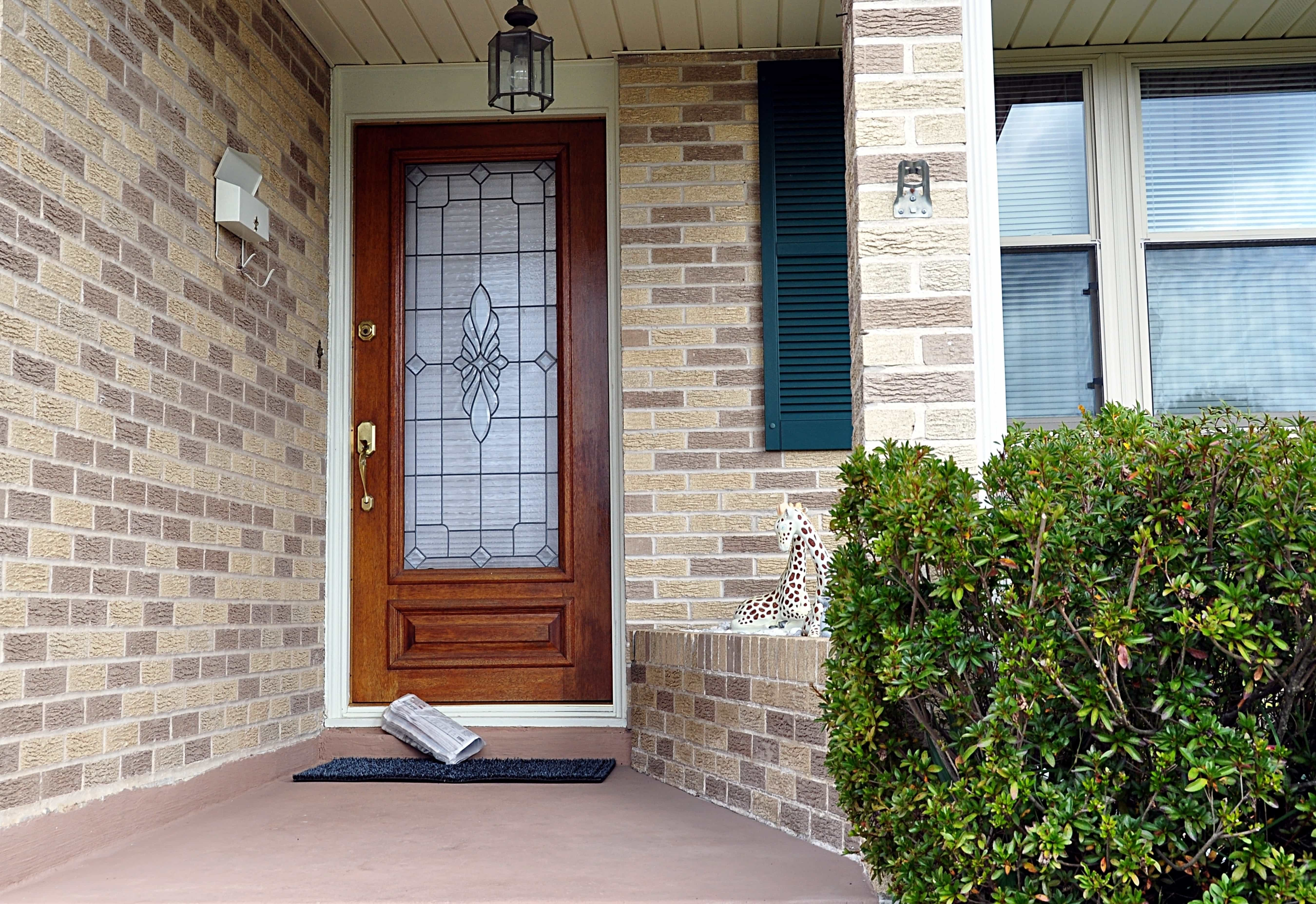Give Your Home a Facelift With Simpson Wood Entry Doors - Sahara ...